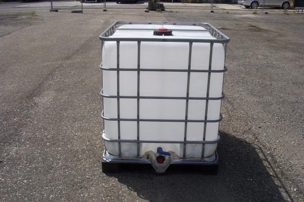 kunststofftank regentank 1000 liter regenfass wasser ebay. Black Bedroom Furniture Sets. Home Design Ideas